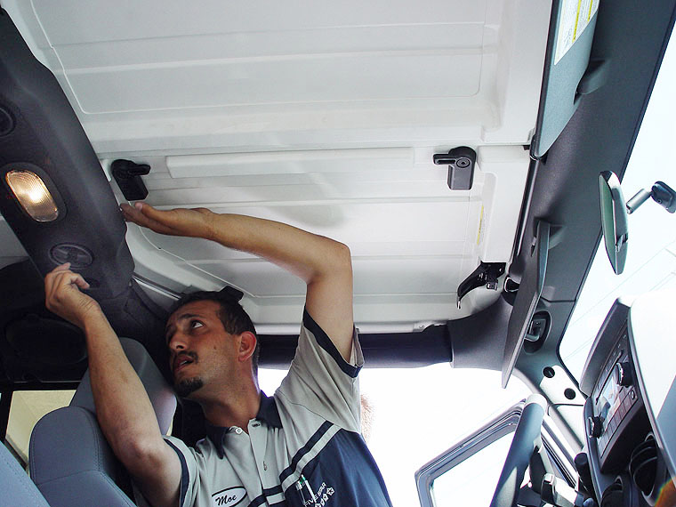 Jeep Jk Wrangler Unlimitedfreedom Top Removal Project Jk Com